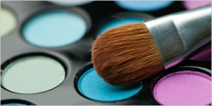 Beauty Delivered Cross-Border Case Study: Eye Shadows and brush